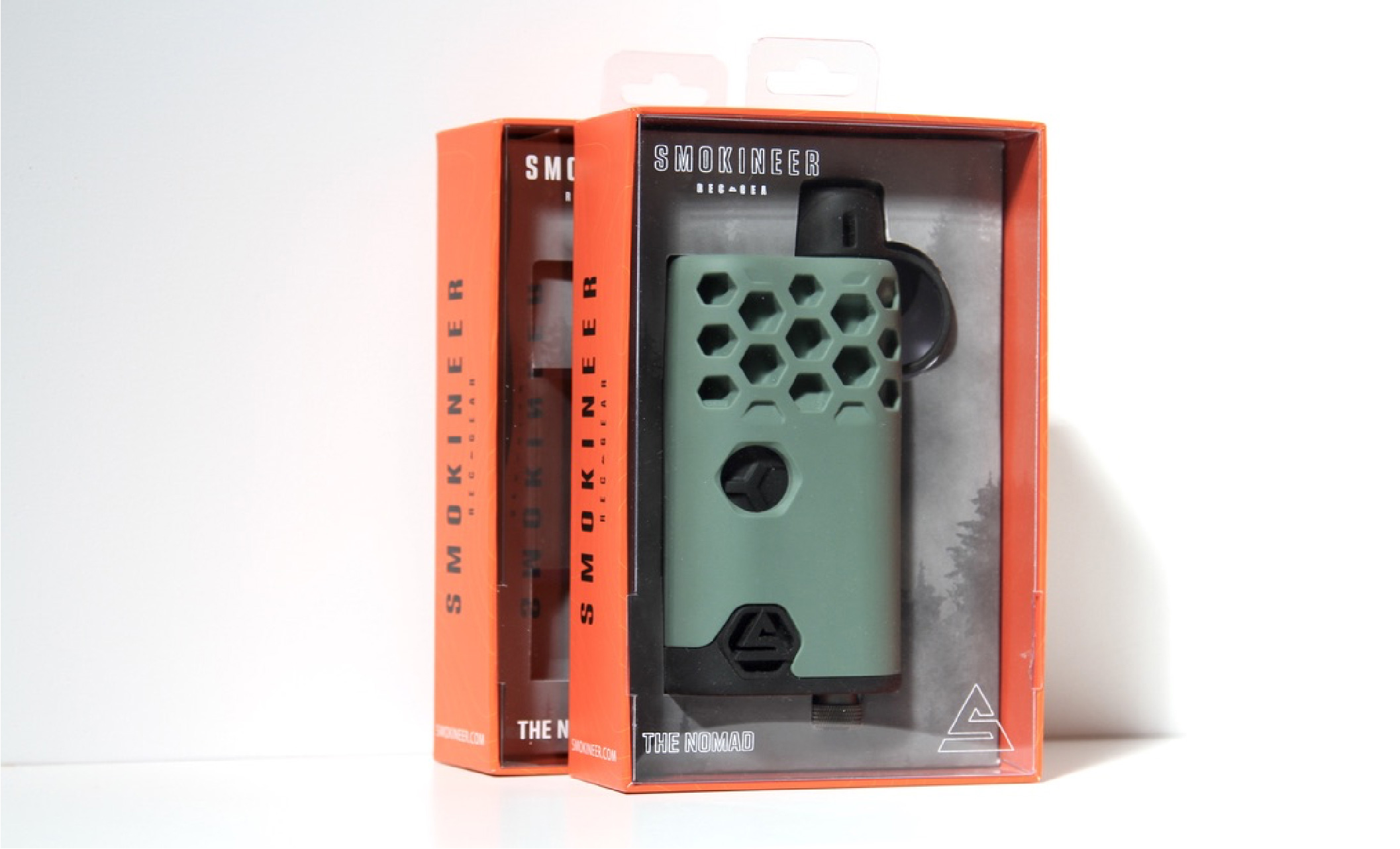 big sky packaging creates highly visible retail cannabis packaging for smokineer